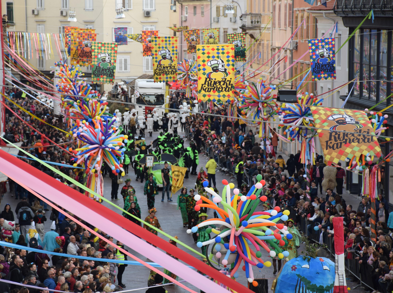 Rijeka's carnival parade - Best Croatia Tours